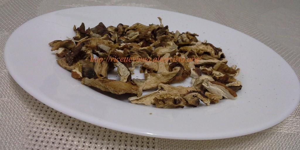 Come cucinare i funghi porcini secchi ricette vinna for Cucinare funghi